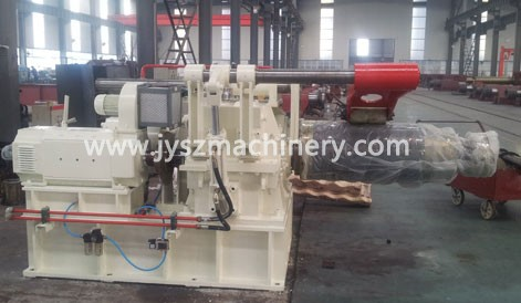 Pay-off reel decoiler and uncoiler machine
